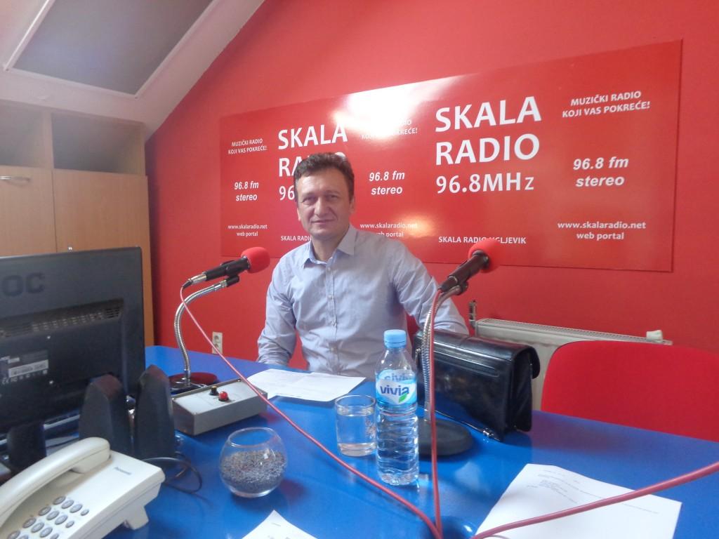 Gost u studiju Skala radija načelnik Opštine Ugljevik Vasilije Perić