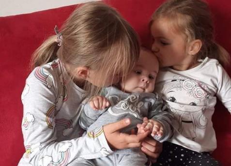 MAJKA MALOG ĐORĐA IZ UGLJEVIKA GOST U STUDIJU SKALA RADIJA (text i audio)
